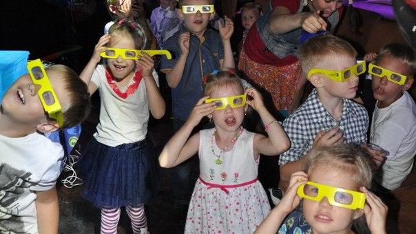 Фокусы покусы шоу для детей. Научное шоу в Коломне Фото (Коломна) шоу пузырей в Коломне фокусы в Коломне Научное шоу в Коломне Аниматоры в Коломне