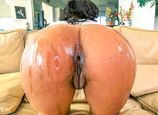 BrownBunnies – Michelle – Thick Ebony Pussy