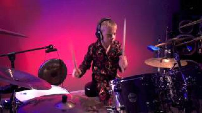 ENTER SANDMAN (6 year old Drummer) Drum Cover by Avery Drummer Molek
