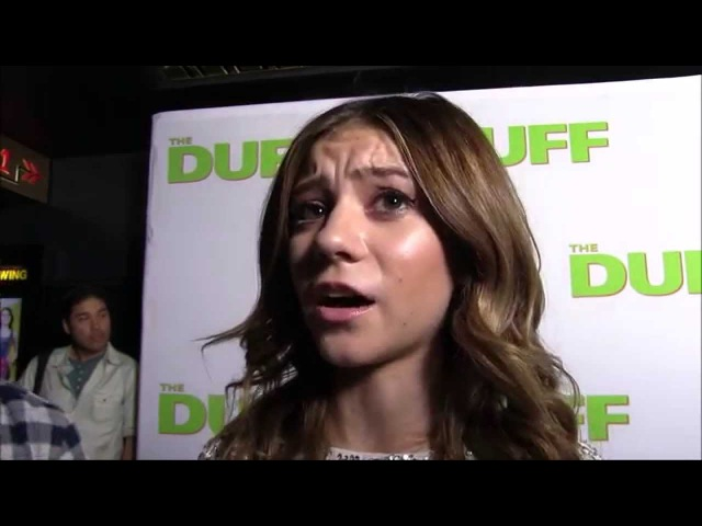 YAH Chats with G Hannelius from Dog with a Blog at The DUFF premiere