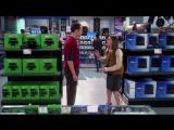 Шелдон выбирает между PS4 и Xbox One (Нарезка, Кураж-Бамбей). Теория большого взрыва.