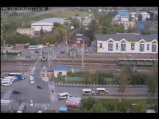 Первое видео - Оффициальная версия от НТВ и властей Второе видео - что было на самом деле.
