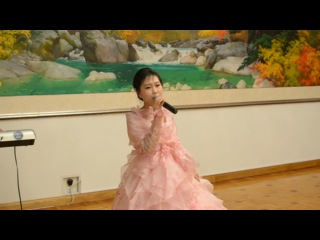 Послушайте, как поют северокорейские девушки