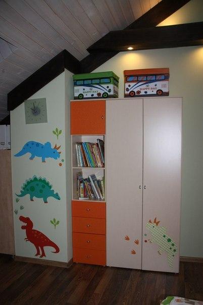 фото наклейка большие динозавры на мебель