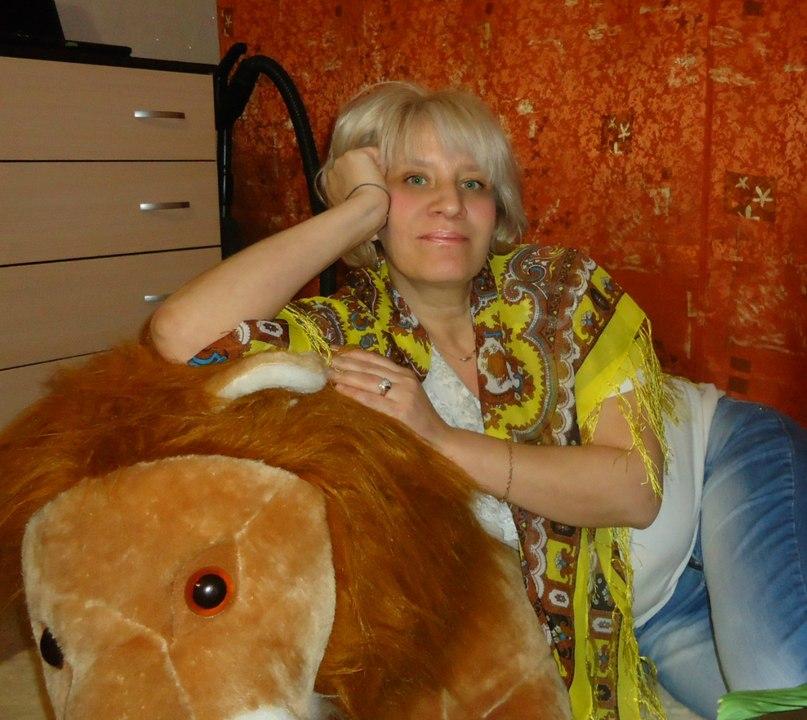 Elena, 48, Rybinsk