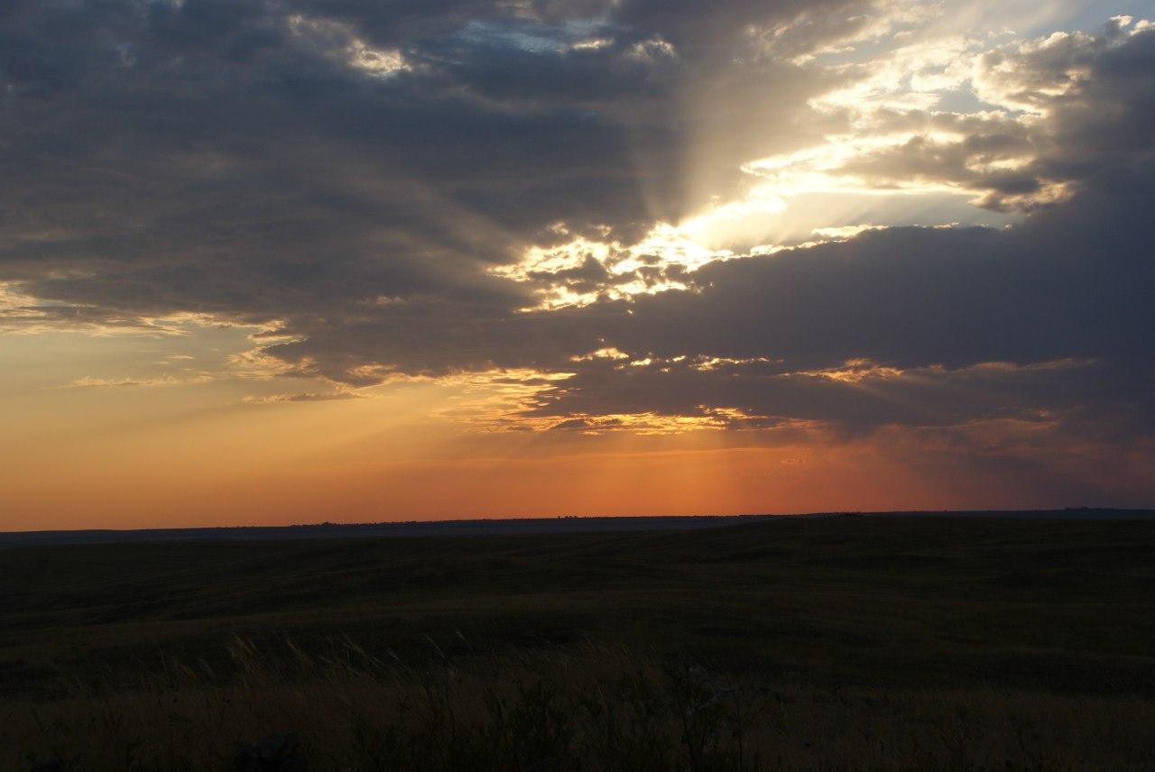 Закат над долиной (30.06.2016)