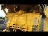 Yellow driver, car crash in Russia (Part 1)  Фура въехала в грузовик с желтой краской (Часть 1)