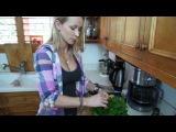 Zuzka Light - Shrimp and Asparagus Salad