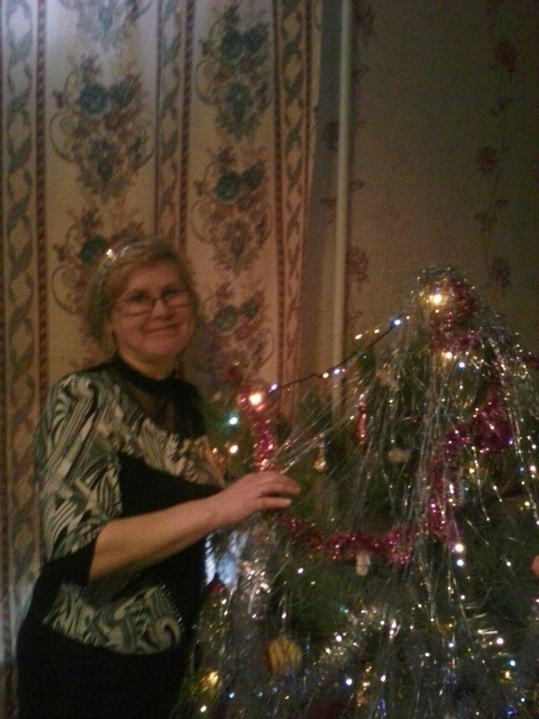 Марина Зубченко, Шахтерск - фото №20