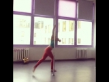 Наталья Мещерякова, крутка на статичном пилоне, тренировка pole dance
