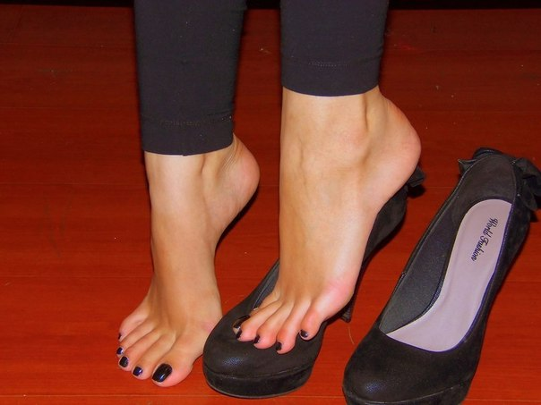 Фетишь женской обуви 22 фотография