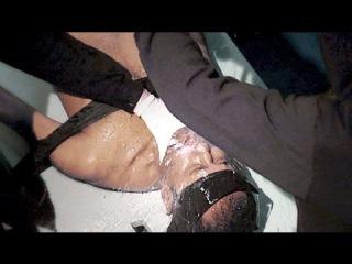 Шокирующие пытки ЦРУ: утопление и лишение сна на неделю