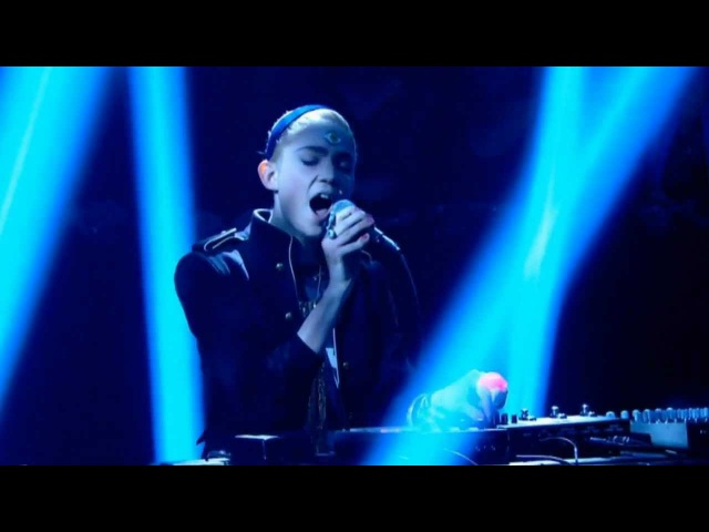 Grimes Genesis Later with Jools Holland with good sound