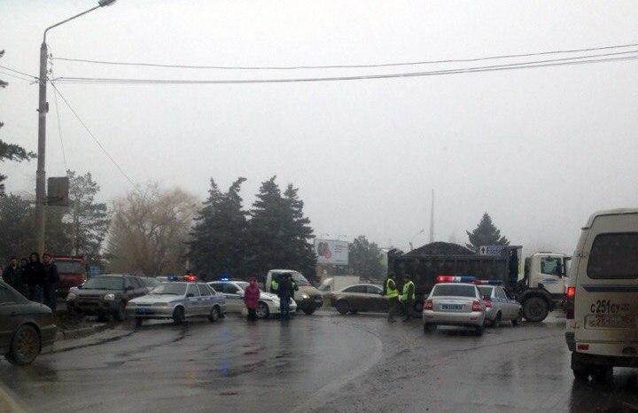 На трассе «Ростов-Таганрог» перед въездом в Ростов заминирован автобус «Ростов-Донецк», работает ОМОН