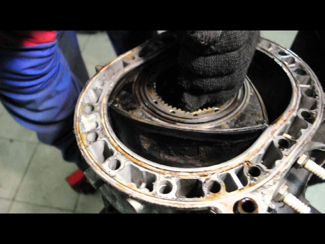 Как работает роторный двигатель Mazda RX 8