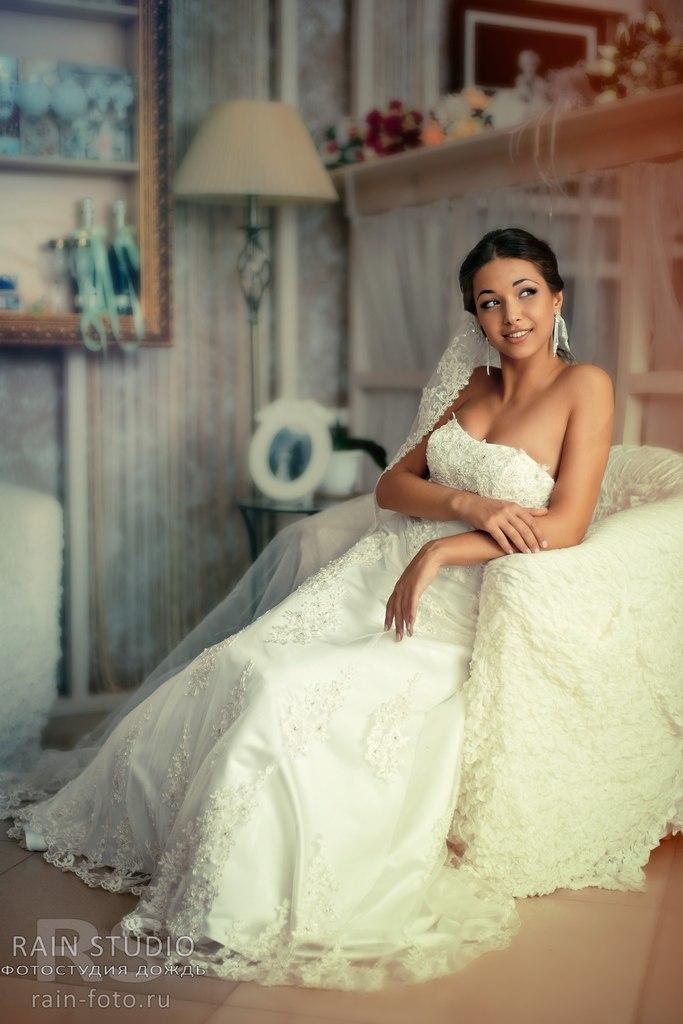 нежнейшая невеста красивое фото невесты красота в простом  свадебное платье фото