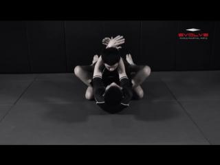 Удушающие треугольником. Техника ММА от Шинья Аоки (Shinya Aoki)