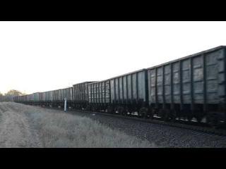 2ТЭ116 1347 с грузовым поездом следует по перегону Бердянск-Берда и приветливая лок бригада