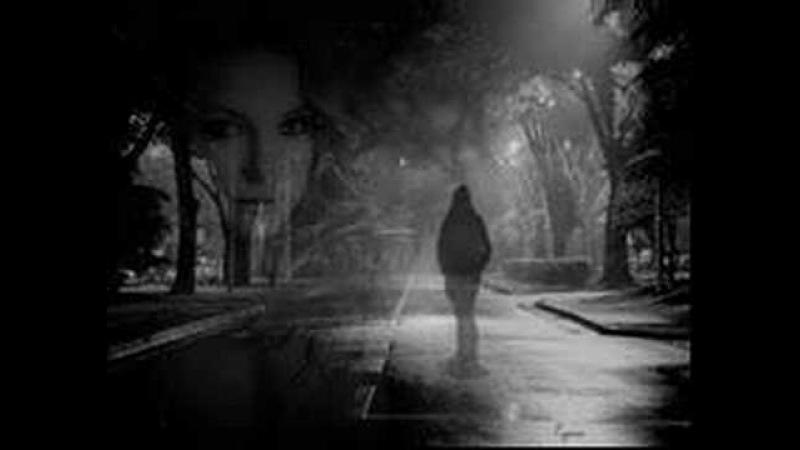 Nilüfer- Caddelerde rüzgar aklımda aşk var...