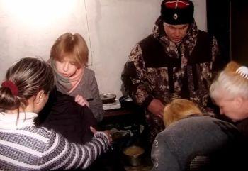 Женщины Москвы собрали гуманитную помощь для прифронтового казачьего Первомайска (ВИДЕО)
