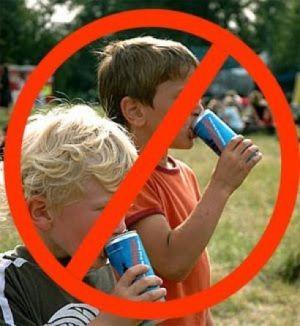 Госсовет Крыма одобрил в первом чтении законопроект о запрете продажи слабоалкогольных энергетиков