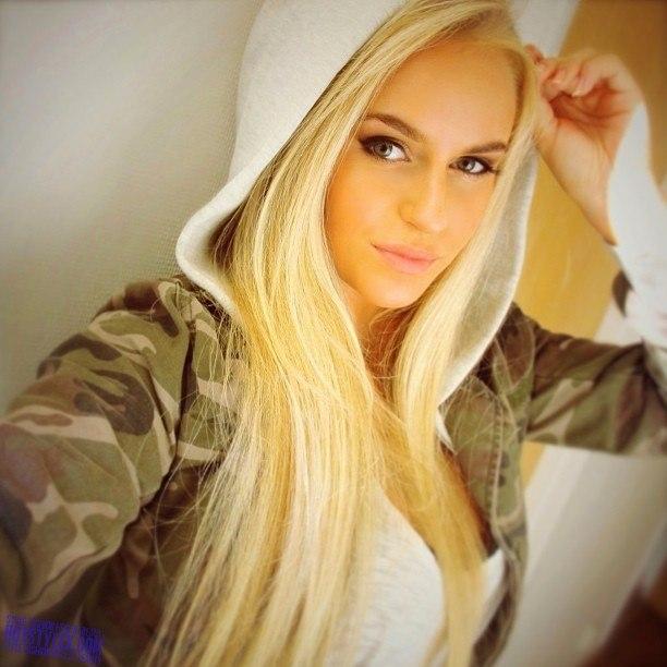 фото девушек блондинок некрасивых