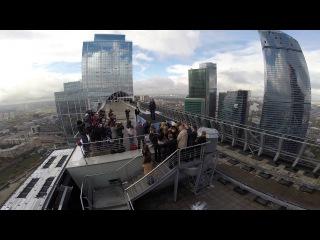 Прогулка Левитта и Земекиса по московской крыше | Фотоколл команды фильма Прогулка
