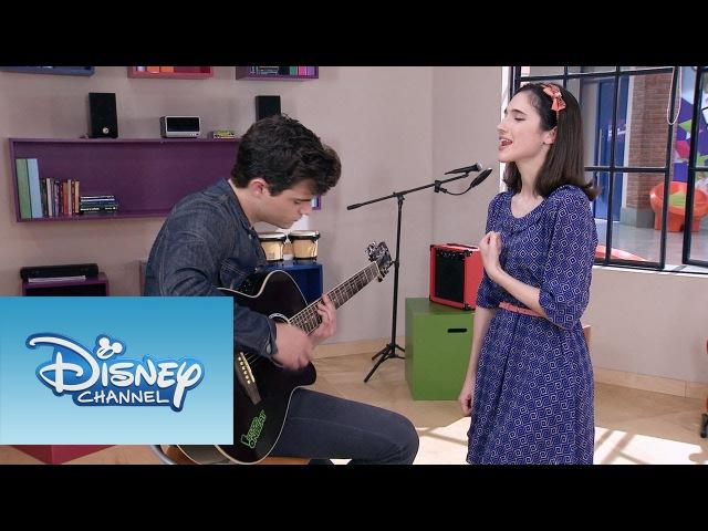 Francesca y Diego cantan Aprendí a decir adiós | Momento Musical | Violetta