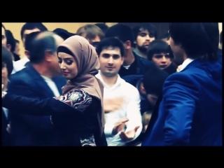Красавица чеченка Макка Сагаипова танцует 2015 _ Beautiful chechen girl 2015