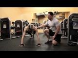Фитнес для девушек: Отжимания: Как накачать грудные мышцы.