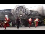 Промо к «Звёздные Войны - Эпизод 7: Пробуждение Силы» от телеканала 'Дисней'.