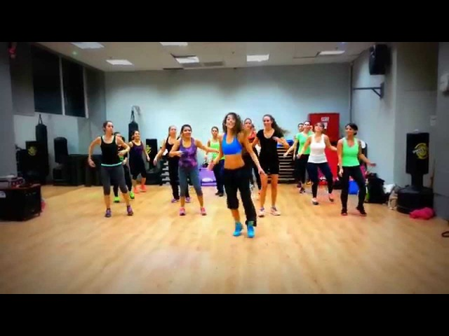 Moviendo Caderas Reggaeton by Shiran ZUMBA