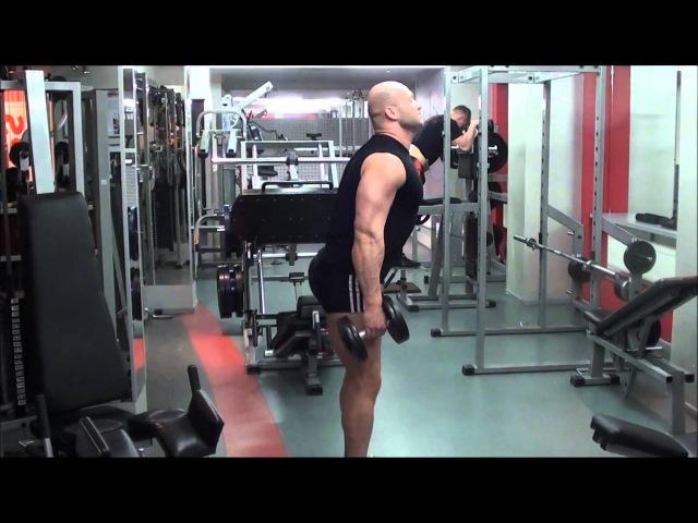 Упражнения с гантелями. Как накачать дельты и ноги в домашних условиях.