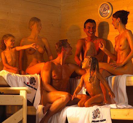 Любит женская общественная баня смотреть голые замужние зрелые бабы