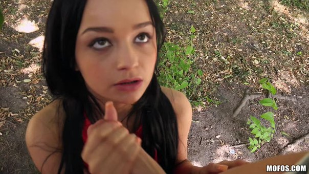 PublicPickUps – Daphne Klyde Euro Hottie Wild On Camera