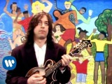 R.E.M. - Shiny Happy People (Video)