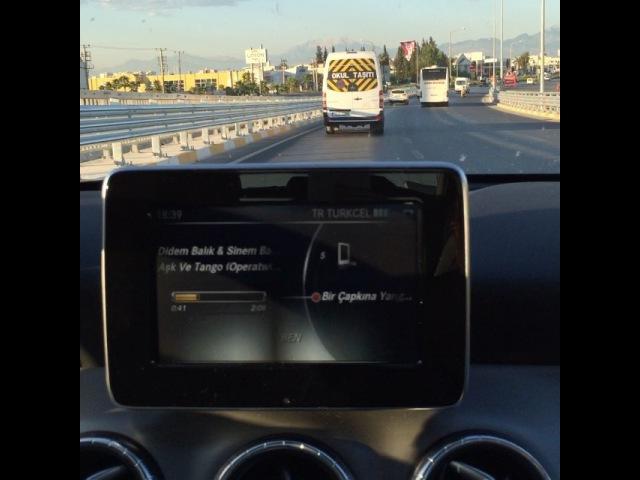 """IşılALBEN10 on Instagram: """"500 km yol nasıl keyifle gidilir :) @didembalik @sinembalik @mihribanoguz9 @operatwins operatwins birçapkınayangınım askvetango"""""""