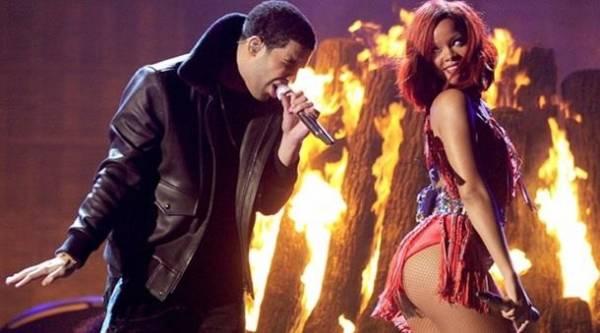 Rihanna twerk
