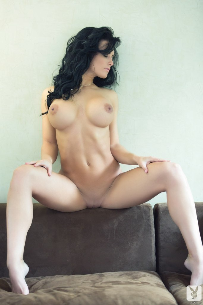 Diminutive wife acquires creampie from big dick