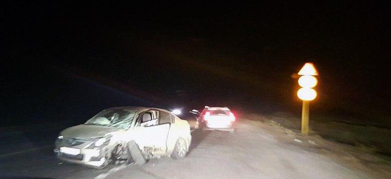 ДТП на трассе «Ростов-Таганрог»: столкнулись Mazda 3 и Lada Priora