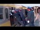 Baki metrosuna shukr edin Chin metrosunda beledir Avtosfer az