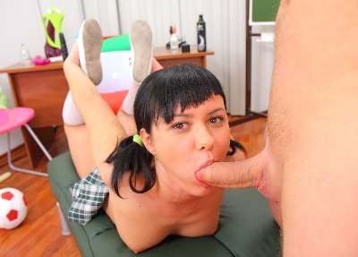 Anal Lesson For Olesia