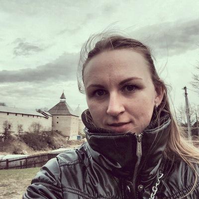 Анна Вьюкова