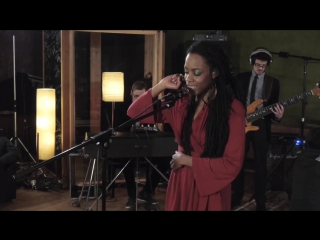 Akua Naru - Poetry How Does It Feel Now (Live Aflame Sessions)