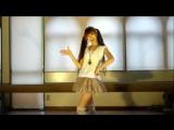 Японочка. танцует