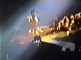 U2 Edge - Sunday bloody sunday - Sarajevo 1997 PopMart tour - Edge singing