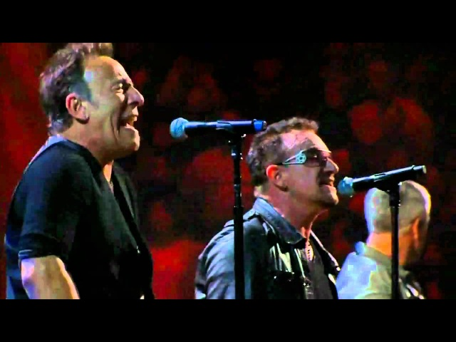 U2 Bruce Springsteen - I Still Haven't Found What I'm Looking For (live at Madison Square Garden)