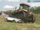 Алексей Ничков учится водить трактор. Менты в шоке!