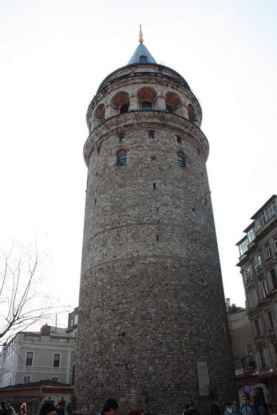 Галатская башняГалатская башня — один из самых старых памятников Ста