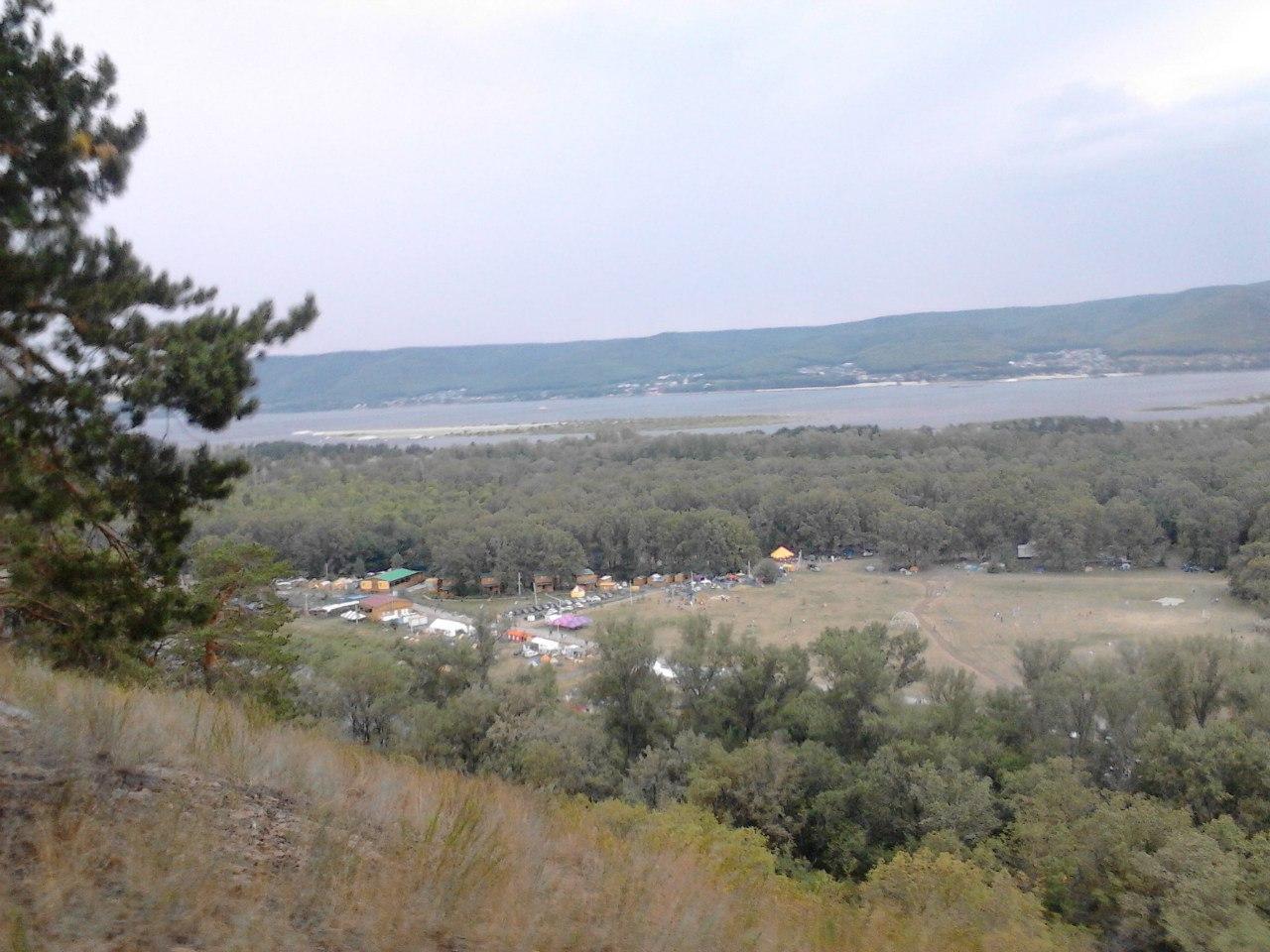Вид на фестиваль